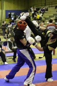 "<img src=""kickboxin lessons.jpeg"" alt=""kickboxing lessons"" title =""kickboxing"">"
